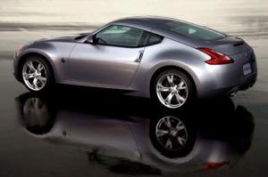 Nissan 370 Pics
