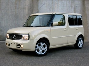 Nissan cube Photos