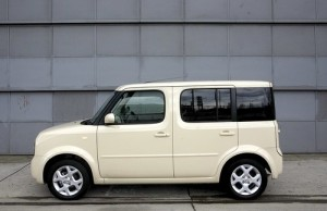 Nissan cube Pics